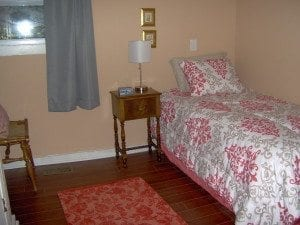 bedroom-4th-HWH-2.jpg