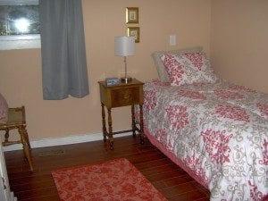 bedroom-4th-HWH-2.jpg